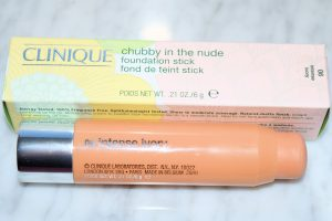 clinique-chubby-nude-foundation-stick-06