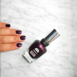 sallyhansen-salon-manicure-belle-of-the-ball